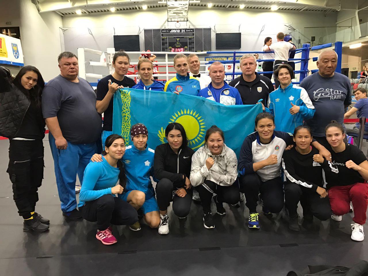 Турнир в Гливице: шесть медалей от девушек-боксёров