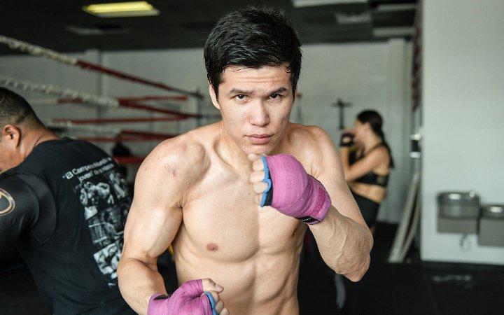 Данияр Елеусинов рассказал о подготовке к третьему бою на профи-ринге