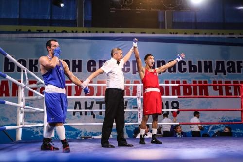 Названы новые чемпионы Казахстана по боксу