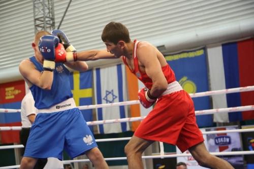 Шесть казахстанских боксеров пробились в финал турнира в Польше