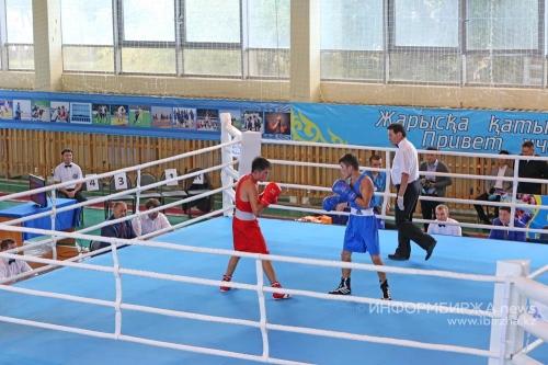 В Уральске проходит турнир по боксу на призы Данияра Елеусинова