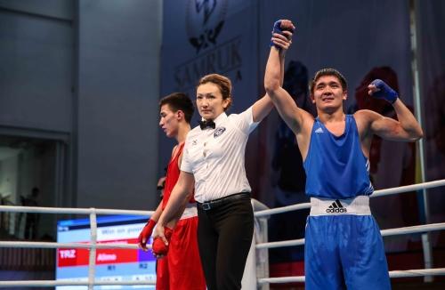 Восемь казахстанских боксеров вышли в четвертьфинал турнира в Польше