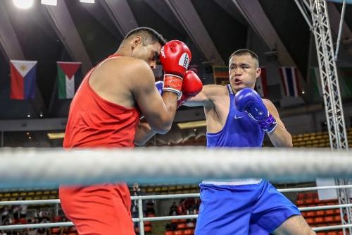 Онлайн-трансляция второго дня чемпионата Азии по боксу