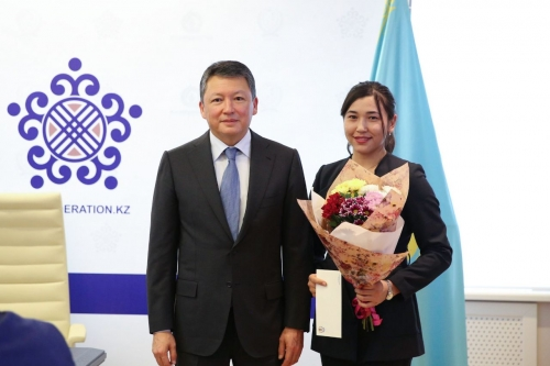 В Астане вручили премии призёрам чемпионата Азии среди женщин (+ видео)