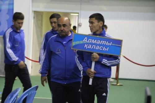 Боксеры Алматы выиграли у актюбинцев в 1/4 финала Кубка КФБ