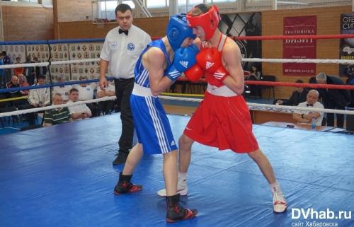 Казахстанские боксеры вышли в финал международного турнира в России