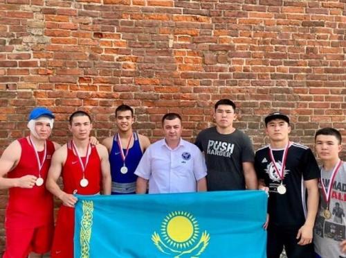 Қазақстандық боксшылар халықаралық турнирде бес медаль иеленді