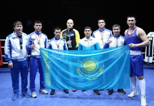 Хельсинкиде қазақ боксшылары бес алтын медаль алды