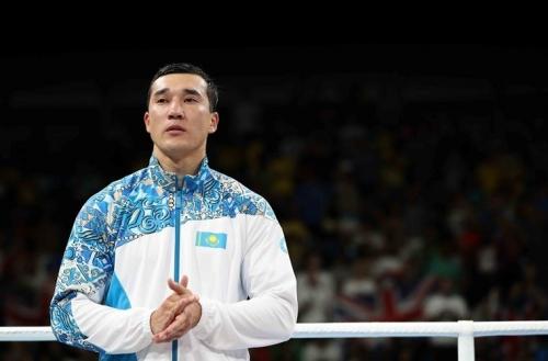 Адильбек Ниязымбетов завершил карьеру боксёра