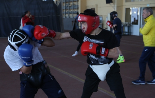 Боксеры сборной Казахстана продолжают вести подготовку к Кубку Президента РК