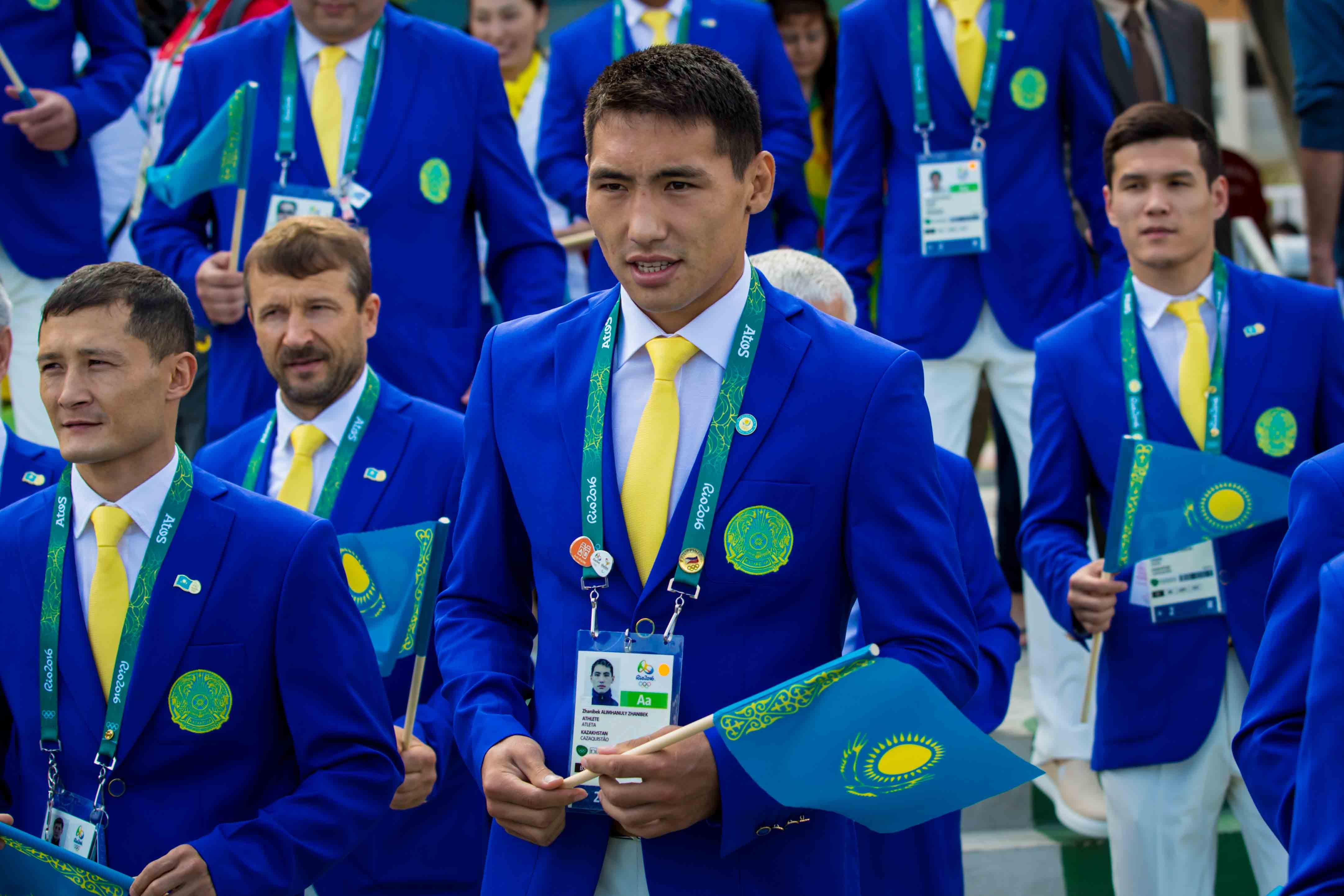 Жәнібек Әлімханұлы ұлттық құрамадан кетті