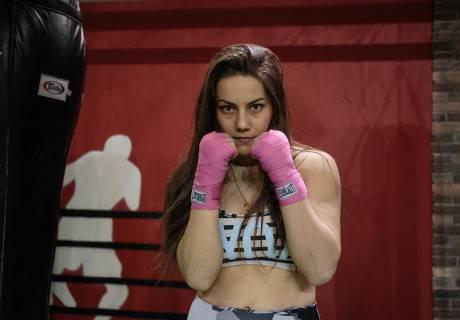 Фируза Шарипова проведет в июле в Казахстане бой за титул чемпионки мира WBC