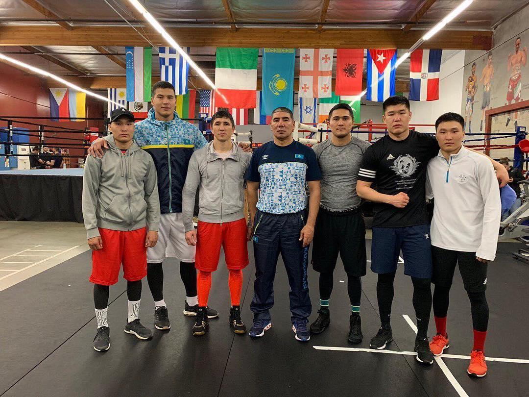 Казахстанские боксеры отправились на сборы в США