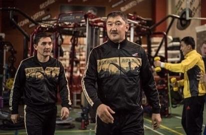 Нурлан Акурпеков: «Я лично претензий ни к кому из боксеров своей команды не имею»