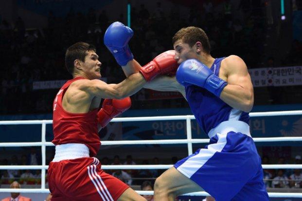 Данияр Елеусинов второй год подряд становится лучшим боксёром АИБА