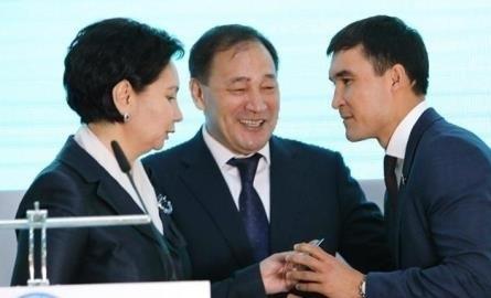 Боксеры-чемпионы стали членами Ассамблеи народа Казахстана