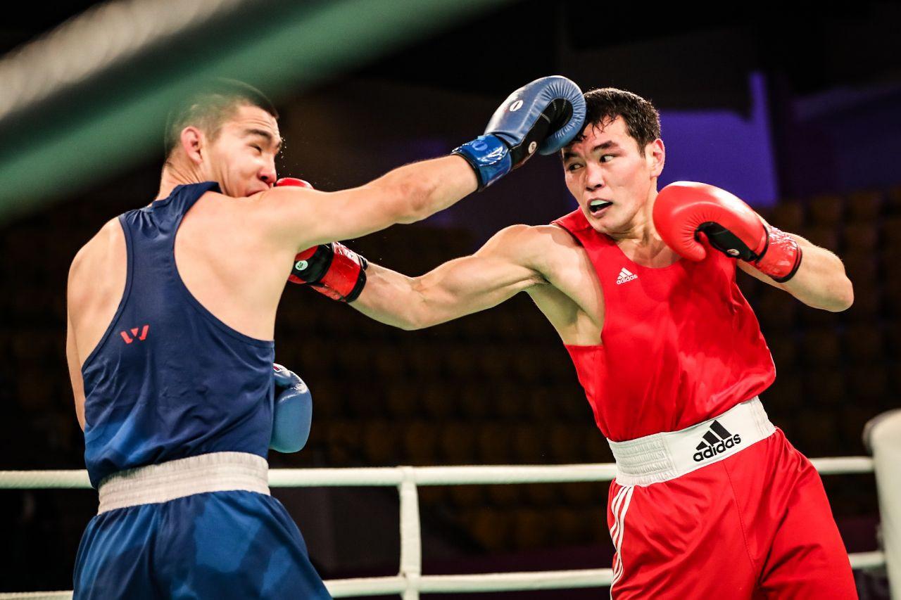 Мужская команда Казахстана по боксу приступила к первому сбору под руководством нового тренера