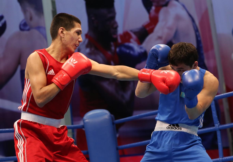 Куан Куатов проиграл узбекскому боксеру и стал бронзовым призером Исламиады-2017