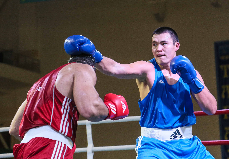 Капитан сборной РК по боксу провел мастер-класс для молодых сельских спортсменов