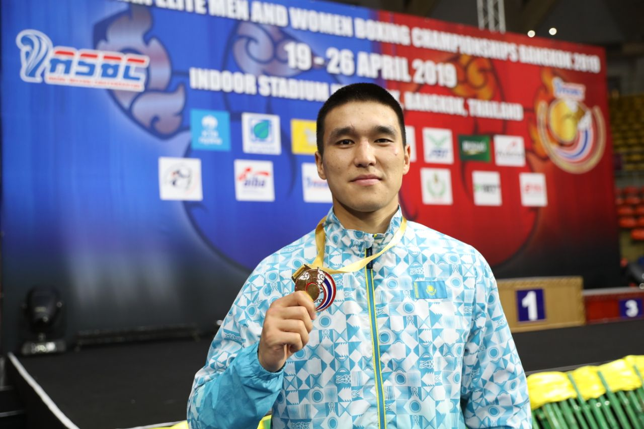 Победивший на чемпионате Азии армейский боксер рассказал о своей главной цели