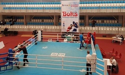 Казахстанские боксеры завоевали пять медалей на турнире среди юниоров в Азербайджане