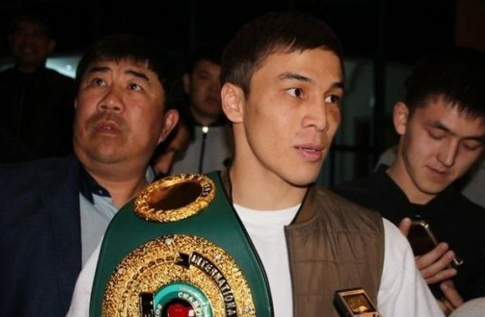 Джукембаев и Хусаинов прилетели в Казахстан